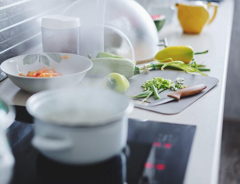 Scopri quali sono i vantaggi della cottura a vapore