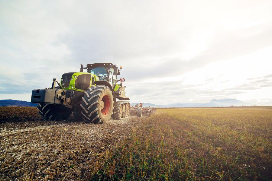 Noleggio trattori: scopri la possibilità offerta dal web